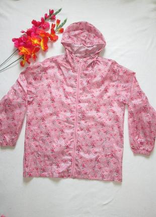 Классный легкий дождевик в цветочный принт с капюшоном  jbc co...