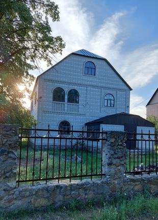 Продам дом 55 км. от Киева 20 соток г. БЕРЕЗАНЬ
