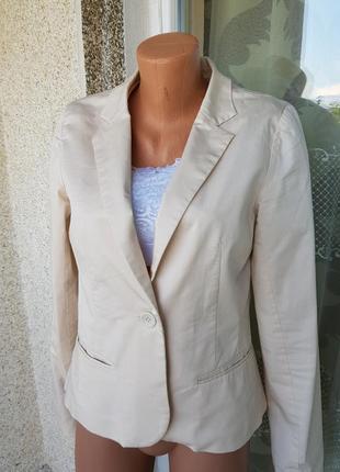 Стильный бежевый пиджак,жакет vila clothes