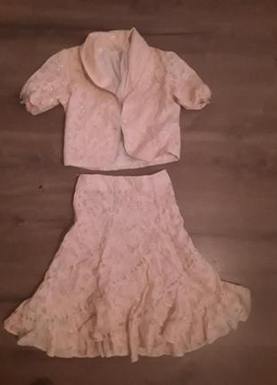 Костюм для девочки рост 140 (пиджак и юбка)