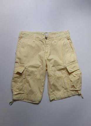 Желтые шорты карго
