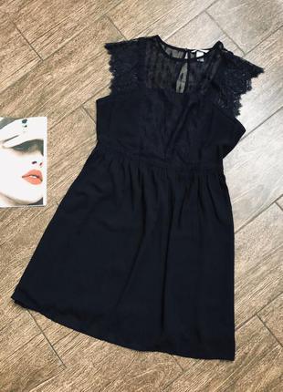 Красивое легкое черное кружевное платье большого размера