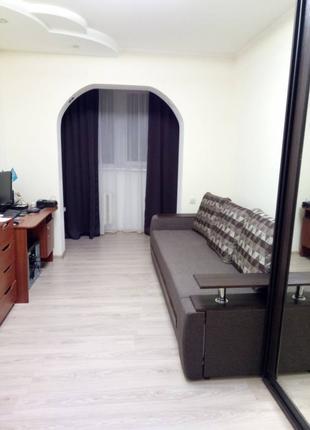 Продам 3- комнатную квартиру на Вильямса
