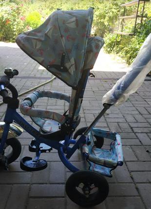 Трехколесный детский велосипед с ручкой и накачкой колес