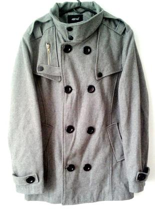 Новое шерстяное пальто. Размер М