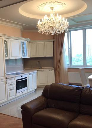 Продам двухкомнатную квартиру в район парка Победы
