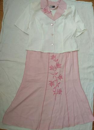 Літній лляний костюм із спідницею