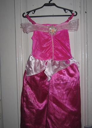 Платье карнавальное.3-4 года рост 104см