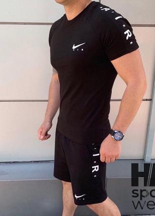 Спортивный костюм футболка шорты