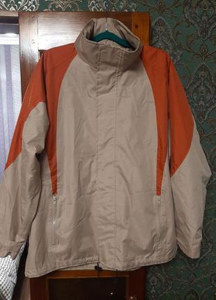 Мужская спортивная куртка - ветровка с капюшоном. большая.