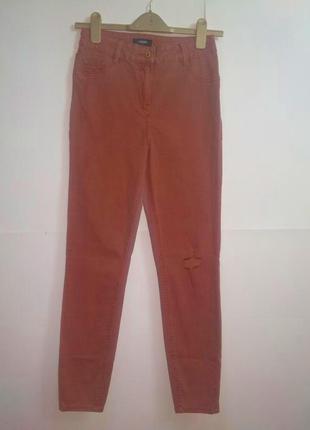 Мягкие стрейч джинсы терракот размера m