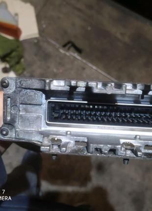 Блок управління Volkswagen Passat  B2