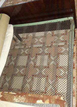Кровать сетчатая