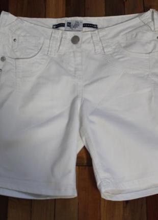 Белые джинсовые шорты tu в идеальном состоянии m