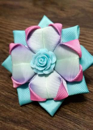 Бантик-цветок из репсовых лент