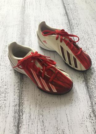 Крутая обувь для футбола спорта сороконожки бампы бутсы adidas...