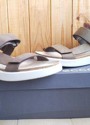 Шикарные полностью кожаные супер комфортные сандалии ecco cork...