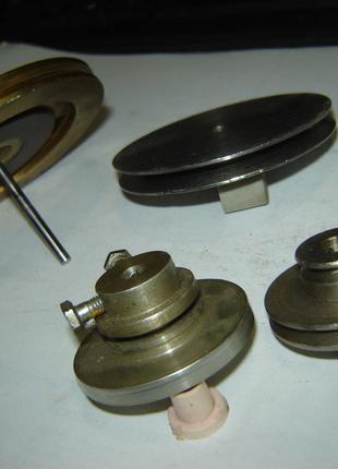 4 шт. шкива под резиновый ремень диаметром до 4 мм