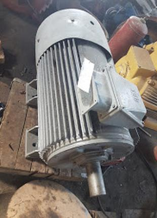 Продам двигатель АИР315 S-4 160/1500