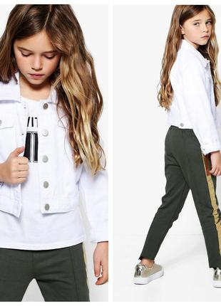 Белая джинсовая куртка для девочки 7-8 лет