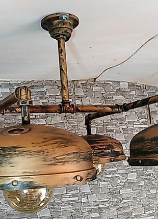 Люстра лофт ручной работы из металла.