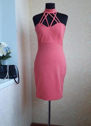 Стильное платье quiz XS-S