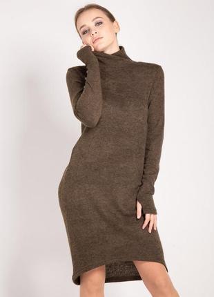 Платье из теплого трикотажа