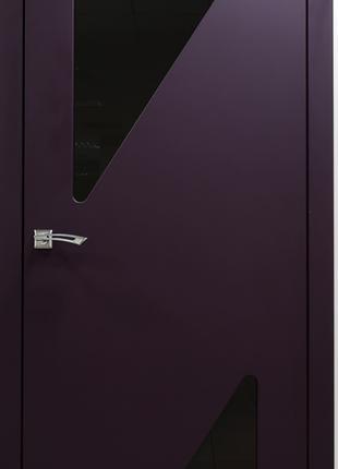 Межкомнатная дверь с матовым стеклом треугольники