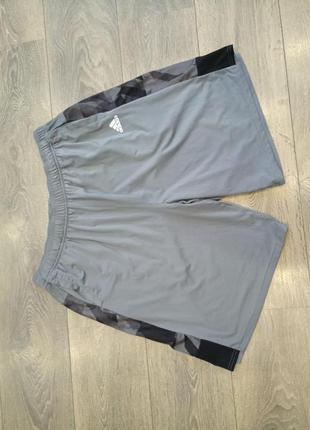 Легкие шорты adidas climacool xl