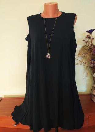 Стильное черное  супер-лёгкое платье, с открытыми плечами от  ...