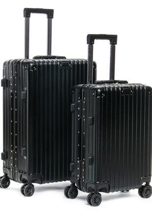 Пластиковый чемодан из ударопрочного abs пластика с дополнител...