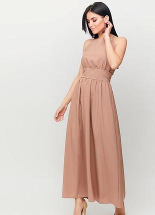 Платье макси из лекгой летней ткани с открытой спиной