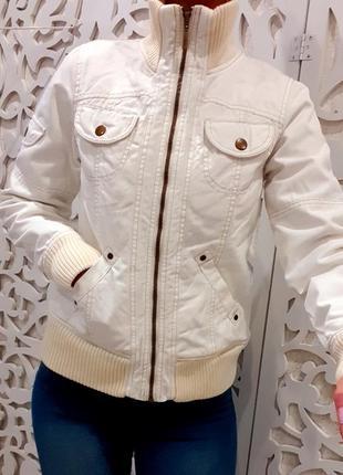 Куртка джинсовая утепленная белая стильная качественная джинсовая