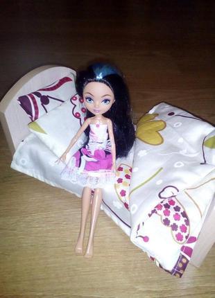 Кровать и постель для кукол. Ручная работа!