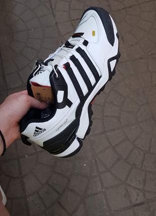 Мужские кроссовки Adidas Gore Tex