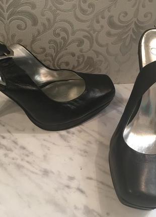 Черные летние туфли натуральная кожа