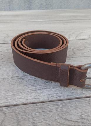 Мужской кожаный пояс коричневый