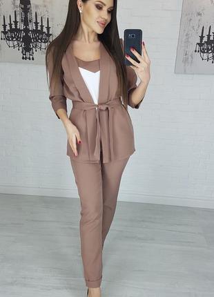 Костюм тройка пиджак брюки майка, цвета разные