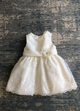 Нарядное кремовое платье на 12 месяцев, новое!