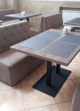 Столи в бари, ресторани, кофейні