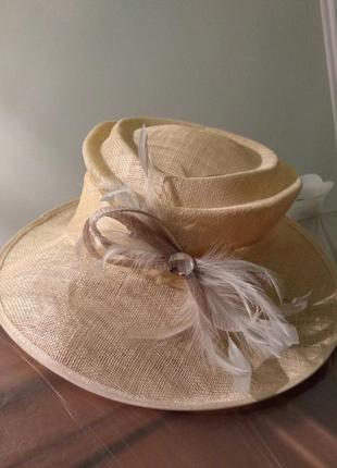 Шляпа из текстильного банана