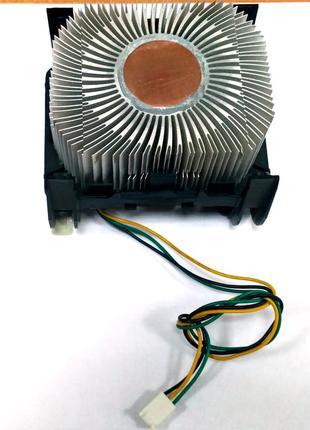 Кулер CPU intel под Socket 478 с медной вставкой.