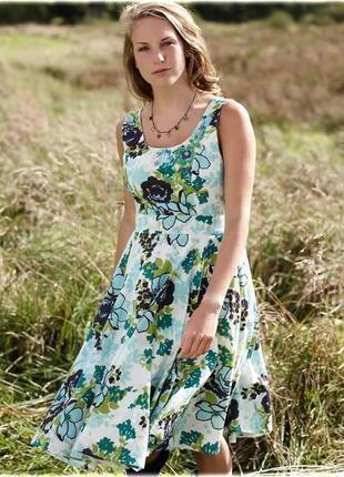 Шикарное хлопковое платье с вышивкой и бисером в цветочный при...