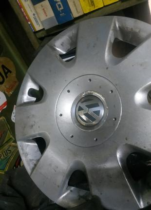 Колпаки на Фольксваген R15 оригинал, цена за комплект 6Q0601147