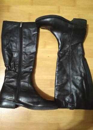 Демисезонные женские ботинки сапоги