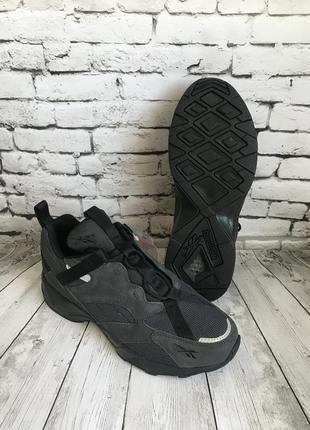 Крутые кроссовки из коллекции reebok aztrek размер 40-40,5