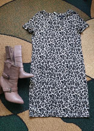 Платье леопардовый принт.