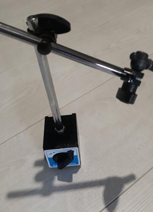 Стойка магнитная 2-колена под Ф8 (ИЧ10)