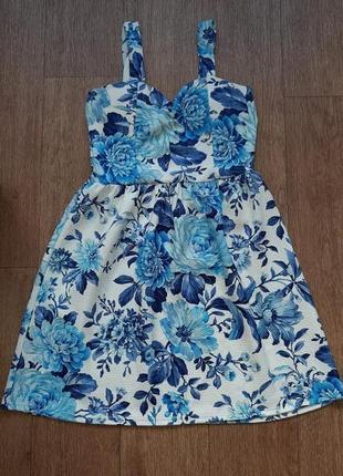 Платье летнее в цветочный рисунок