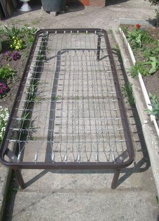 Кровать односпальная металлическая, сетка, б/у